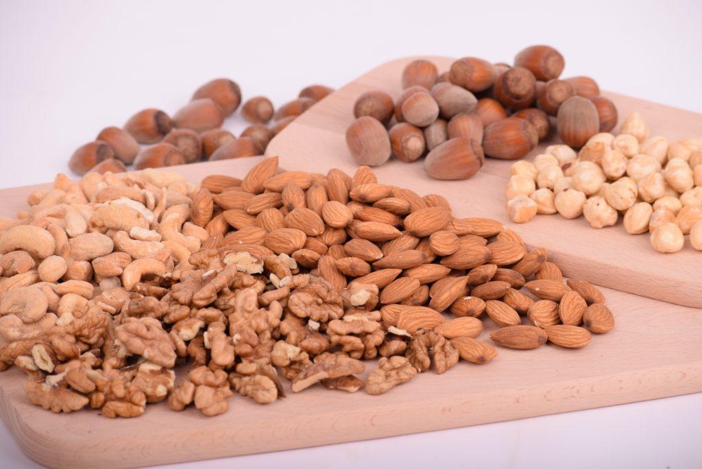 nuts 3248743
